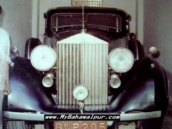 black colored BWP 205 antique car of nawab